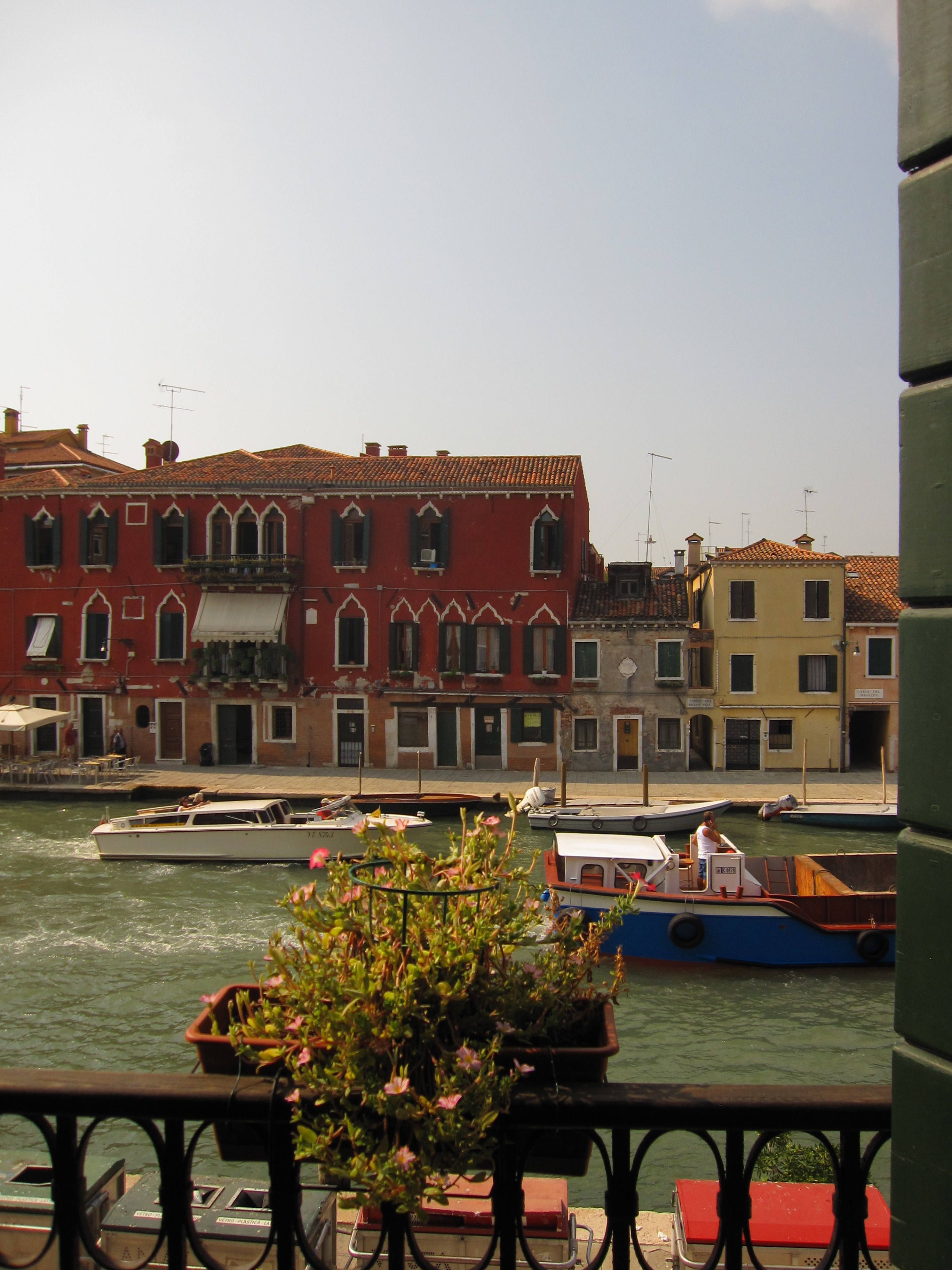 Venice italy decadence and decay the occasional expat the view from our window in venice nvjuhfo Choice Image