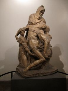 Michaelangelo's Pieta at the Opera ....